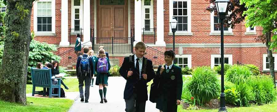 تحصیل آنلاین در مدارس کانادا